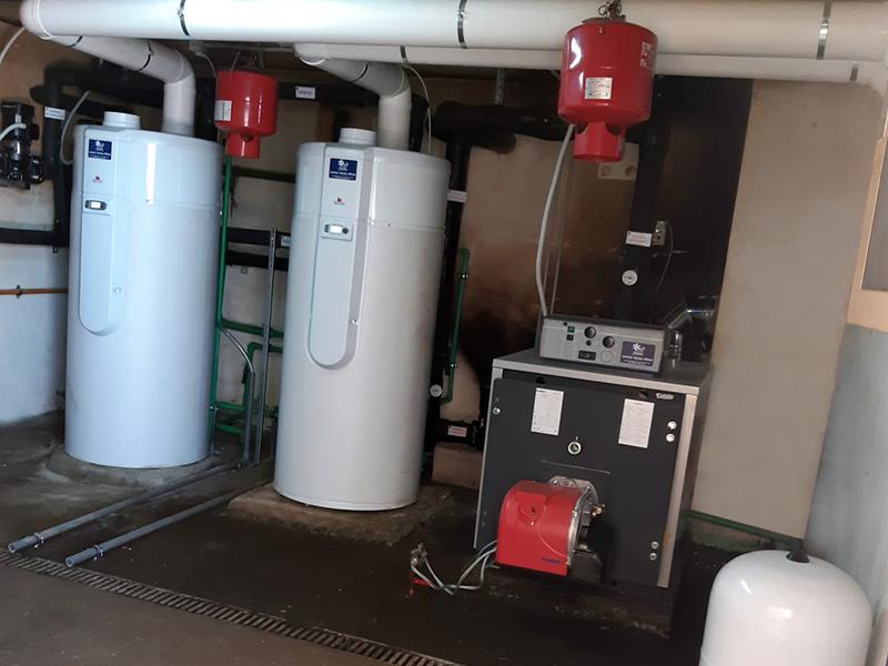 Instalación ACS Aerotermia y Calefacción Central